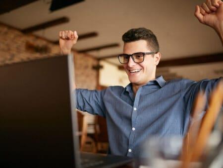 Seriöse Heimarbeit ohne Kosten: 5 Tricks zum Geldverdienen im Internet