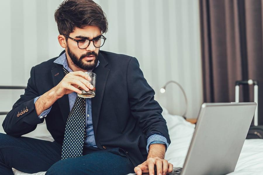 Businessmann in Hotel