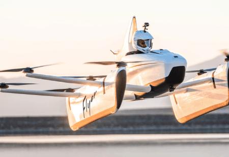 Mit dem Flugtaxi Flyer kann man sich schnell in der Stadt fortbewegen