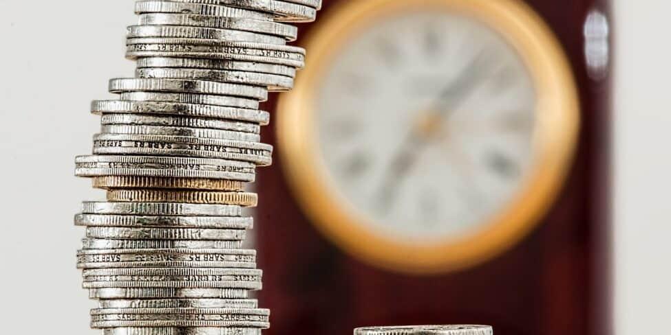 Münzen stapeln sich - Im Jahr 2020 wird sich einiges in Sachen Finanzen ändern