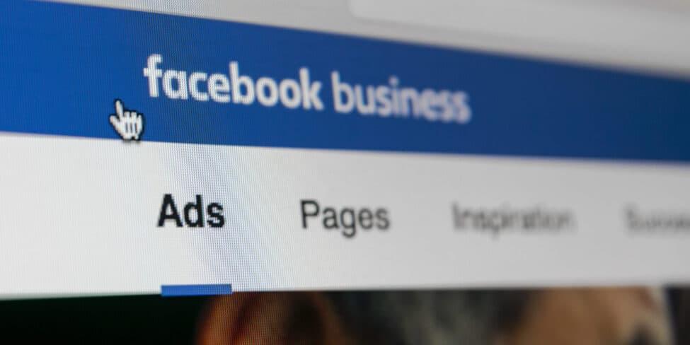 Facebook Ads helfen dir, dein Unternehmen auf Facebook zu bewerben.