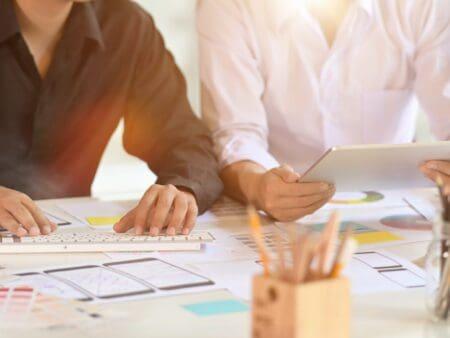 So kannst du mit einer Konkurrenzanalyse deine Wettbewerber analysieren.