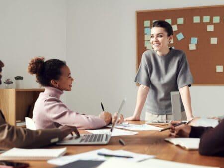 Auch in Meetings haben Mitarbeiter Erwartungen an den Arbeitgeber.