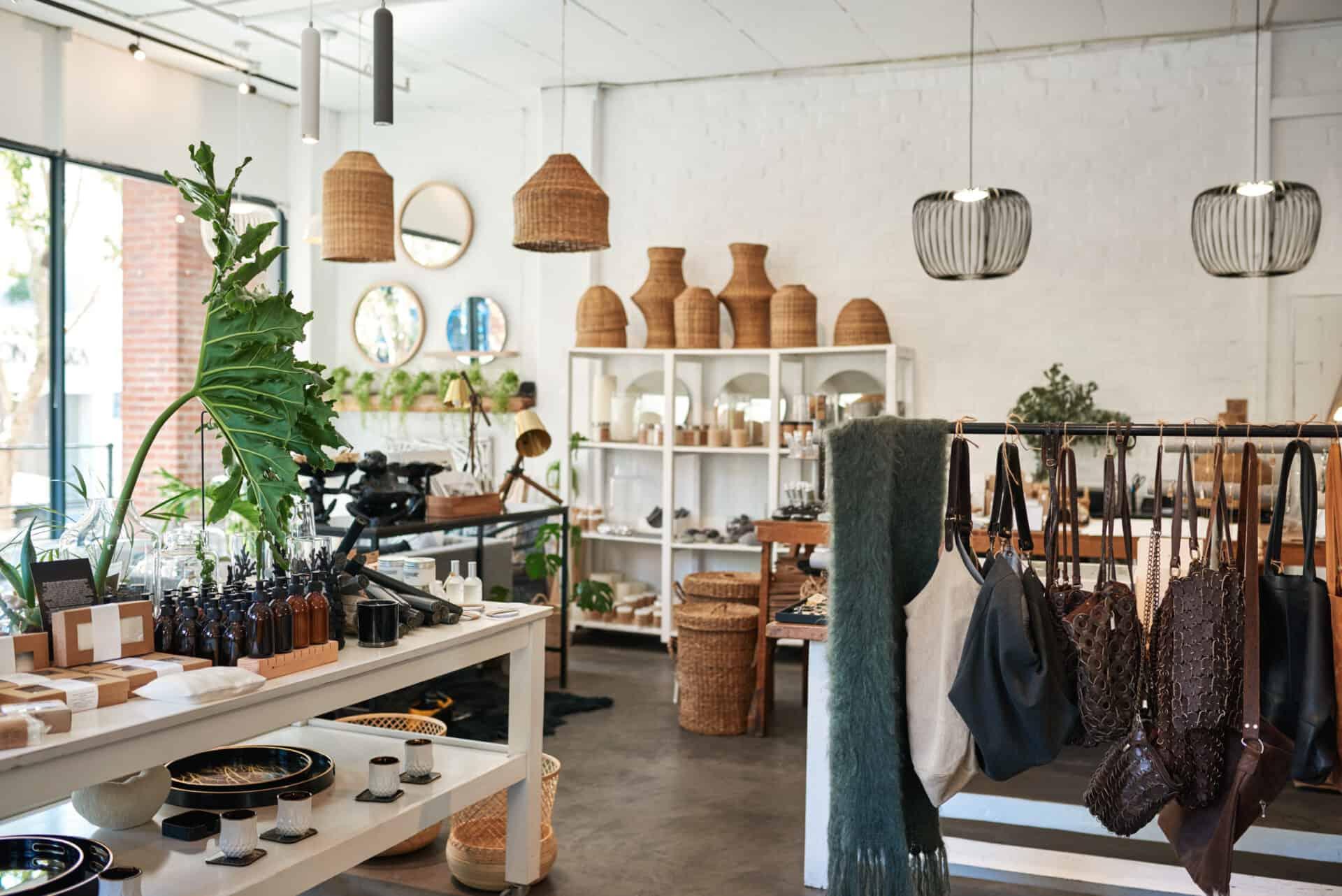 Auch für kleine Mode- oder Deko-Läden kann eine Geschäftsinhaltsversicherung bedeutend sein.
