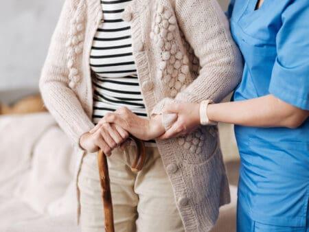 Die Pflegeversicherung ist auch für Selbstständige Pflicht
