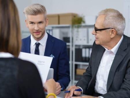 Eine Unternehmensnachfolge sollte gut geplant werden.