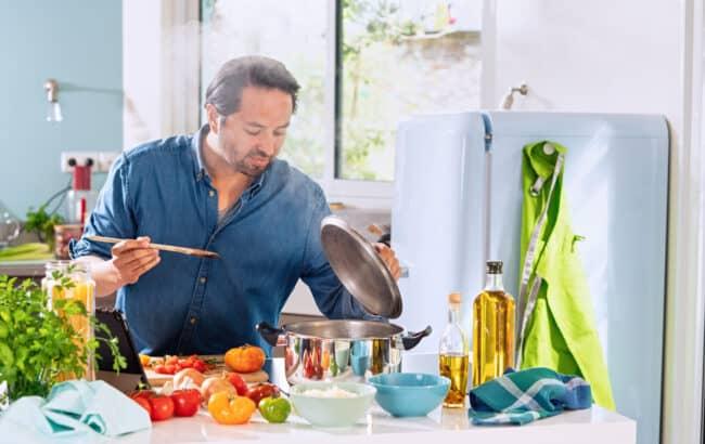 Kochen fördert das Wohlbefinden.