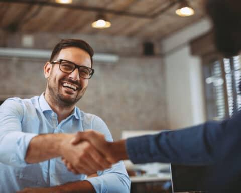 Mitarbeiter finden: Ganz einfach mit unseren 7 Tipps