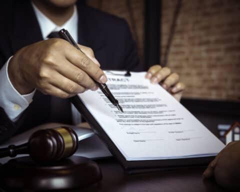 Salvatorische Klauseln sind in fast allen Verträgen eingebaut.