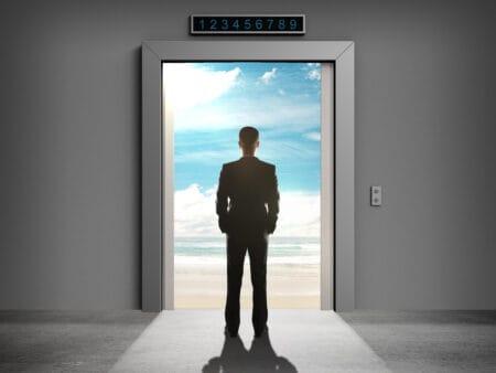Sinnbildlich steht der Aufzug für den Elevator Pitch.